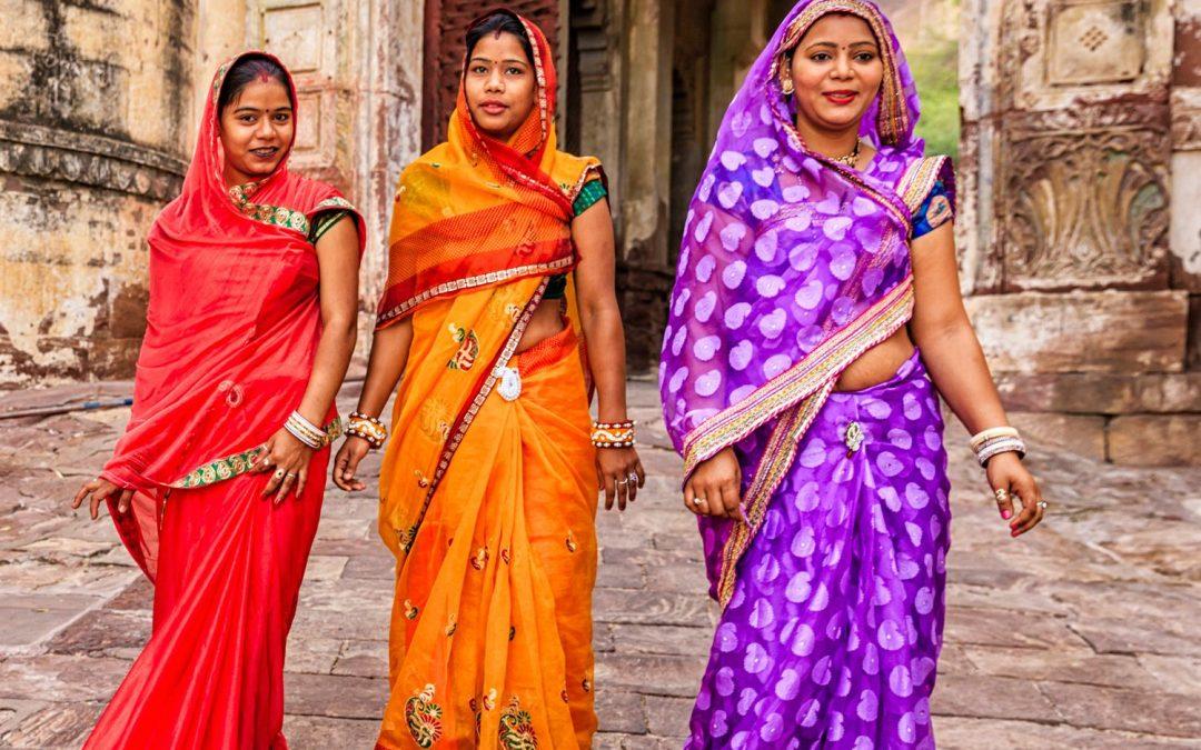 ¿Qué es el Sari? La vestimenta típica de las mujeres de la India